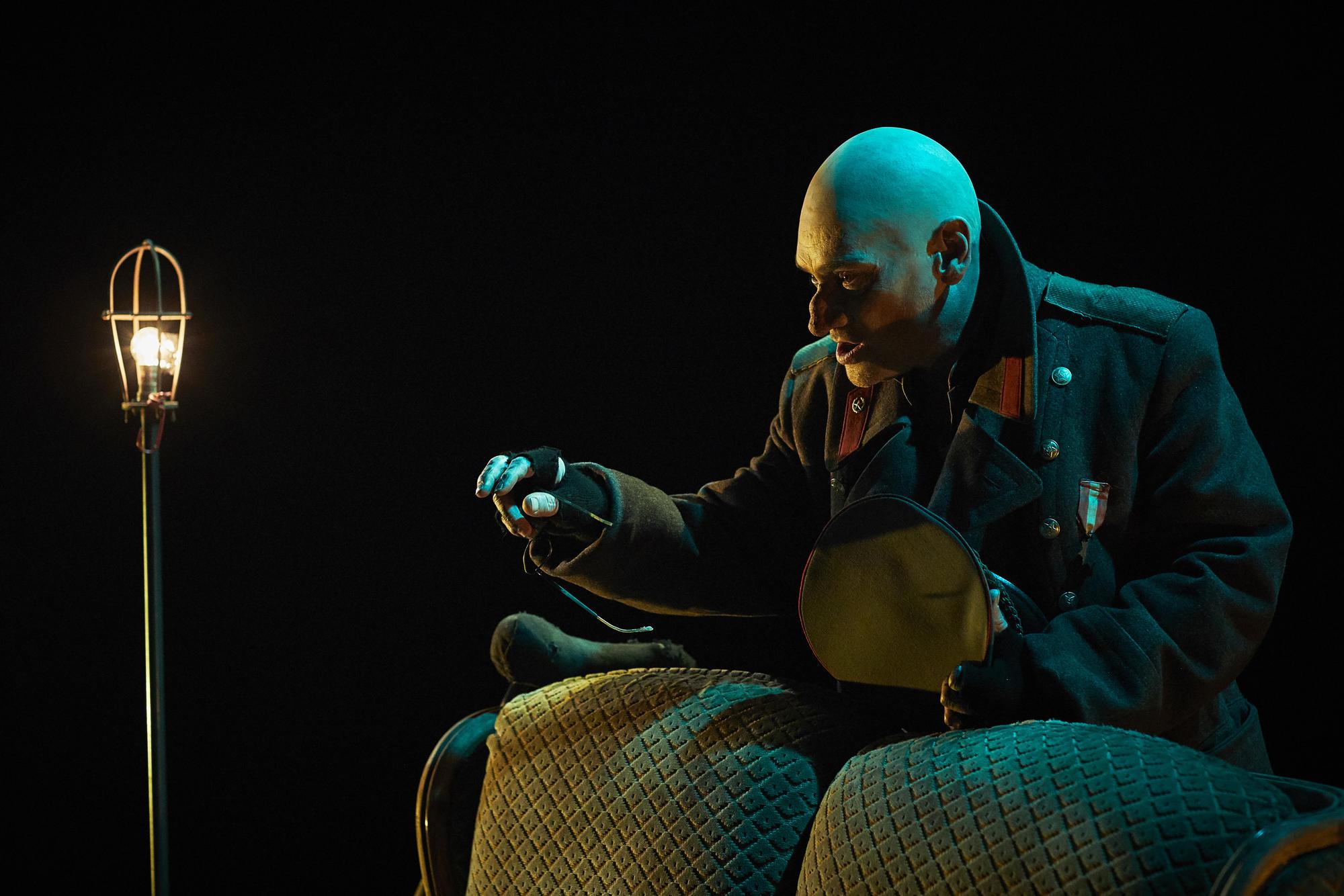 Le Dictateur & le Dictaphone - création 2018 Alexandre Haslé / Daniel Keene - production Le Volcan